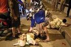 2 CSGT bị đạp ngã xe, văng xuống đường khi đang truy đuổi quái xế ở Sài Gòn