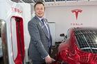 Nếu các hãng ô tô lớn đều chạy đua làm xe điện, Elon Musk và Tesla có tài ba mấy cũng