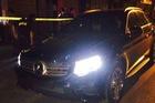 Cảnh sát truy đuổi xe Mercedes không biển số