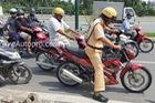 Chạy trốn CSGT, thanh niên lái Suzuki Raider 150 gây tai nạn