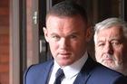 Sau khi suýt bị vợ ly hôn, Wayne Rooney còn phải tạm biệt những chiếc xế cưng trong 2 năm tới
