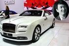 Thiếu gia con nhà tỷ phú mua 2 xe Rolls-Royce trong 1 triển lãm