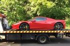 Ferrari 458 Spider sập ổ gà, chủ xe được đền 282 triệu Đồng