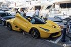 Xuống phố cùng Ferrari LaFerrari mui trần màu vàng rực 45 tỷ Đồng