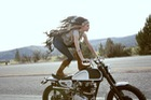 Khi các nữ biker