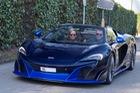 Vẻ đẹp của siêu xe hàng hiếm McLaren 675LT Spider Carbon Series