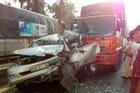 Tiền Giang: Tai nạn liên hoàn trên quốc lộ 1A, Toyota Innova bẹp dúm
