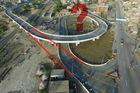 Bức ảnh gây tranh cãi nhất: Cây cầu vượt