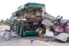 2 ô tô tông nhau, 5 người trên xe khách tử vong tại chỗ