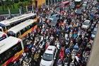Cấm xe máy ở Hà Nội: Người dân có 13 năm để thay đổi thói quen