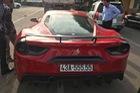 Ferrari 488 GTB độ 1 tỷ Đồng của tay chơi Đà Nẵng ra biển