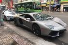 Đại gia Việt chi hơn 300 triệu Đồng độ lại siêu xe Lamborghini Aventador chơi tết