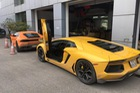 Cặp đôi siêu xe Lamborghini 39 tỷ Đồng được vận chuyển