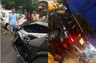 Nam Định: Tông vào đuôi xe taxi, Toyota Fortuner 2017 hư hỏng nặng đầu xe