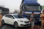 Tai nạn trên cao tốc HN - Bắc Giang, ách tắc gần chục kilômét
