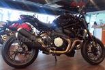 Ducati Monster 1200 R 2016 đã về đến Việt Nam