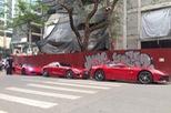 Bộ 3 siêu xe đồng màu, không biển số dạo phố tại Hà thành