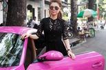 Nữ ca sĩ Thanh Thảo cầm lái xế thể thao tiền tỷ màu độc