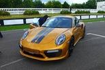 Ngắm xe thể thao số lượng ít Porsche 911 Turbo S Exclusive Series ngoài đời thực