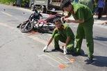 Hai xe máy tông nhau, 4 người chết