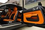 """Làm quen với chiếc Rolls-Royce Wraith Black Badge có """"nội y sexy"""" tại Abu Dhabi"""
