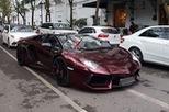 Thiếu gia 96 thay đổi màu sơn độc cho Lamborghini Aventador mui trần đầu tiên Việt Nam