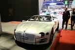 "Xem xe mui trần ""sang chảnh"" Bentley EXP 12 Speed 6e lặng lẽ rời triển lãm Geneva 2017"