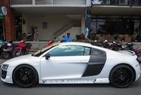Cận cảnh Audi R8 V8 độ