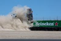 Mercedes-AMG C63 Estate bay lên không trung trong tai nạn kinh hoàng