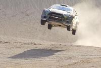 Mãn nhãn với màn drift trên vách núi của Ken Block với Ford Fiesta ST RX43