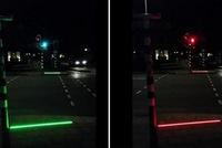 Hà Lan lắp đèn giao thông cho người nghiện smartphone
