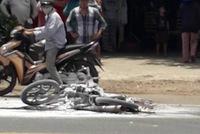 Xe nhà giàu Bentley Continental Flying Spur bị bắt gặp trong tình cảnh thảm thương tại Hà Nội - ảnh 7