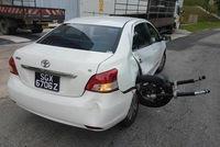 Kinh hoàng hiện trường vụ tai nạn của Toyota Vios và mô tô chuyên