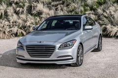 Chi tiết sedan hạng sang Genesis G80 2017