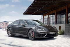 Porsche Panamera 2017 chính thức trình làng, giá từ 2,25 tỷ Đồng