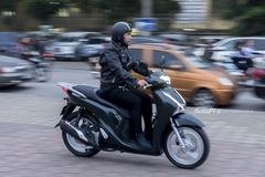 Honda SH 150i ABS - Hậu sinh khả úy
