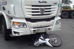 TP.HCM: Nữ sinh chuẩn bị tốt nghiệp bị xe container cuốn vào gầm tử vong