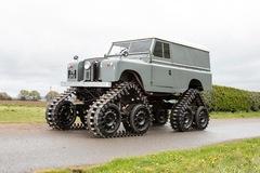 Làm quen với chiếc Land Rover dùng bánh xích như xe tăng, có thể đi trên mọi địa hình