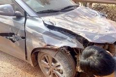 """Bắc Giang: Hyundai Elantra """"đập hộp"""" gặp nạn trên đường từ đại lý về nhà"""