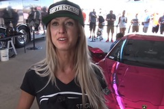 """Cô gái """"chinh phục"""" Lamborghini Huracan độ 1.500 mã lực ở vận tốc 340 km/h"""