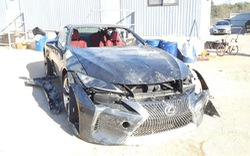 """Chiếc Lexus bị """"luộc"""" sạch đồ rao bán với giá hơn 20.000 USD khiến cộng đồng mạng tranh cãi"""