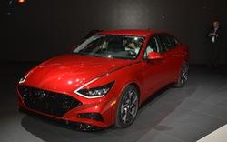 Hyundai Sonata, Kia Optima sắp có tùy chọn này để đấu lại Toyota Camry