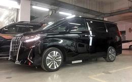 Toyota Alphard 2019 chính hãng hơn 4 tỷ đồng về đại lý, xe nhập tư lao đao vì giá cao
