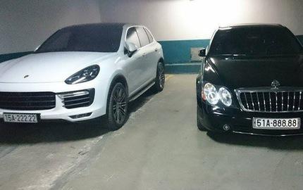 """Bắt gặp Porsche Cayenne và Maybach 57S biển """"ngũ quý"""" sóng đôi"""