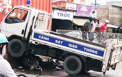 Tổ công tác Công an TP.HCM gặp tai nạn giao thông, 1 trung tá hy sinh