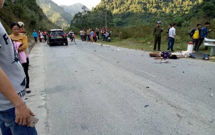 Nghệ An: Con rể chở bố mẹ vợ bằng xe máy đâm vào ô tô, cả ba tử vong tại chỗ