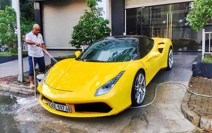 """Ferrari 488 GTB của đại gia Hà Nội xuất hiện trong garage Cường """"Đô-la"""""""