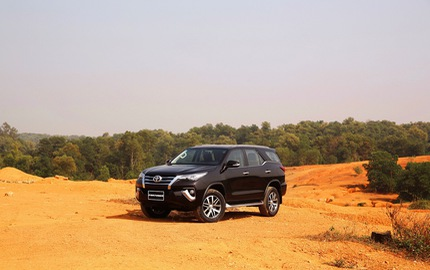 Doanh số Toyota tháng 4: chiếm trọn 3 vị trí trong top 10 xe bán chạy nhất thị trường Việt