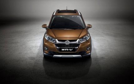 """Lại thêm xe giá rẻ ra mắt tại Ấn Độ khiến người Việt """"phát thèm"""""""