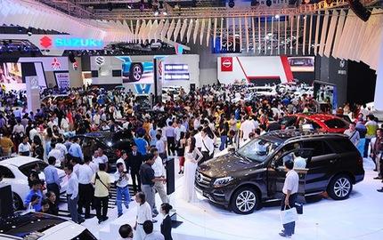 Người Việt sắm hơn 300.000 ô tô trong năm 2016